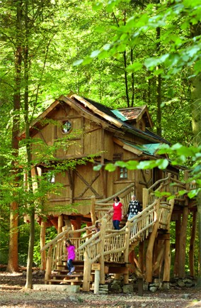 Tree house at Tripsdrill Amusement Park, Germany