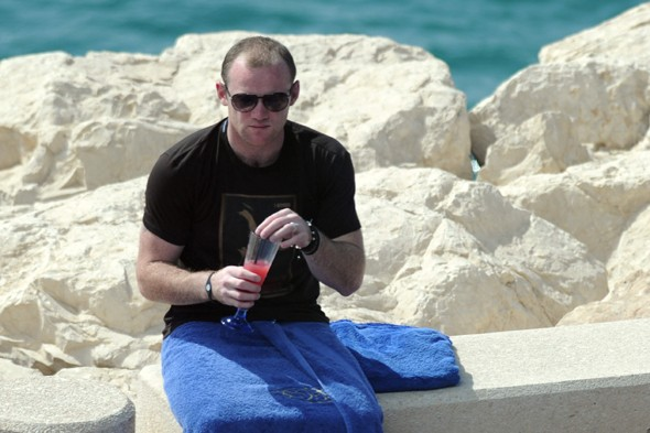 Wayne Rooney admits drinking on holiday made him overweight, celebrities on holiday, celebrity travel