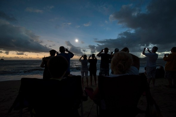 Amazing time-lapse video show total solar eclipse in Australia