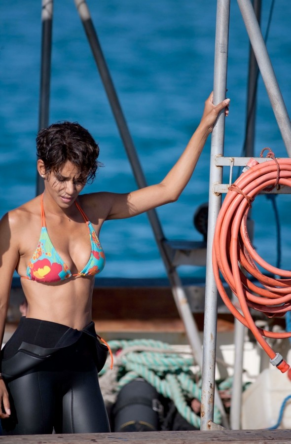Halle Berry meets great white sharks in South Africa