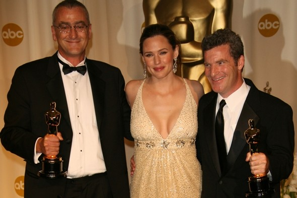 Oscar winner dies in raft accident in New Zealand