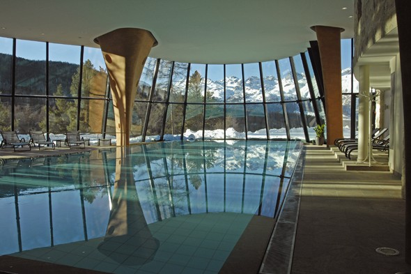3. Grand Hotel Kronenhof, Switzerland