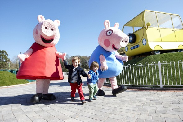 Play with Peppa Pig at Paulton's Family Theme Park