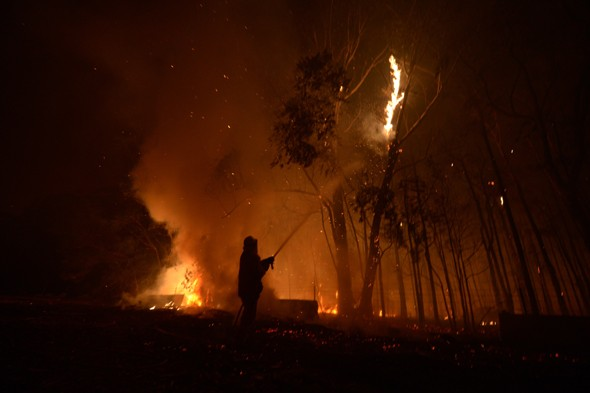 Killer fire fears in Australia as 'catastrophic' temperatures set to hit 54C