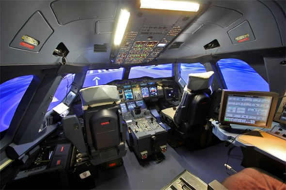 Qantas: Flight simulator experience