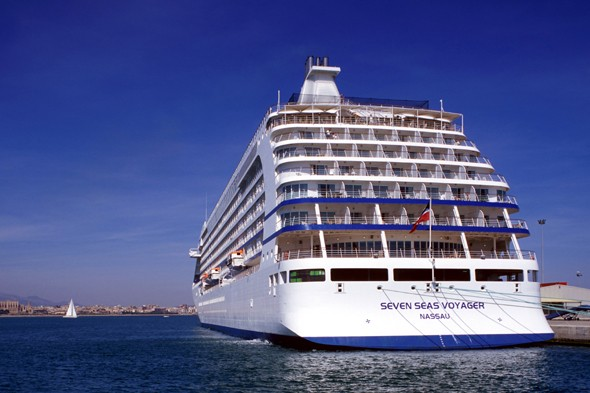 Woman found dead on cruise ship in Darwin