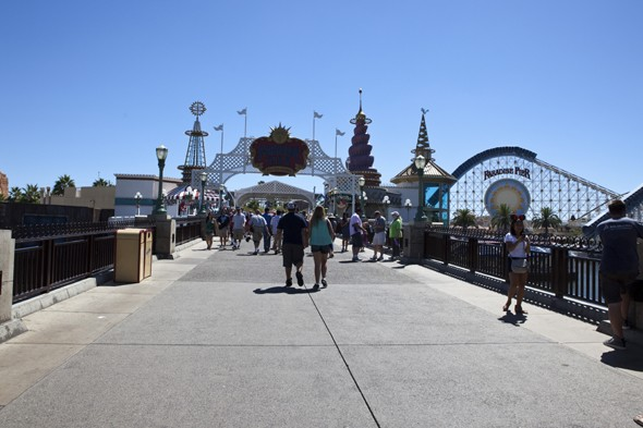 Disneyland temporarily closes three rides over safety concerns