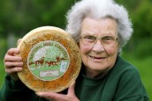Police threaten granny over cheese rolling hazard