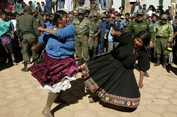 Punch your neighbour, Bolivia