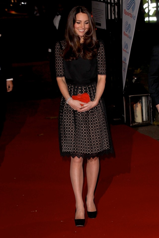 Duchess Kate Wows In Black Temperley Dress At Sportsid Event