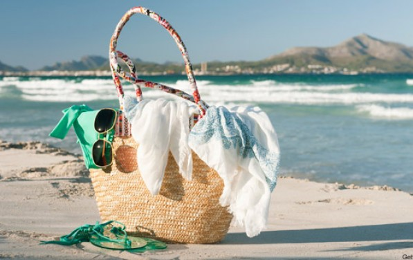 6 Stylish Must-Haves for the Beach