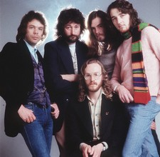 http://www.amazon.com/Very-Best-Supertramp/dp/B000007492/ref=pd_sim_m_4