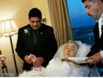 Breast cancer patient given dream wedding