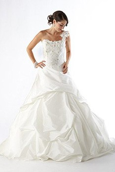budget wedding dresses
