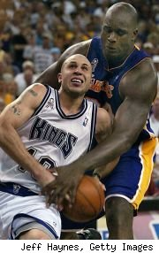 Mike Bibby and Shaquille O'Neal