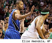 Rafer Alston smacks Eddie House