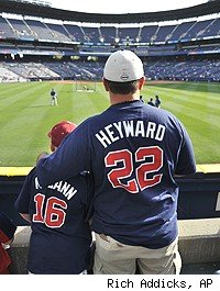 Braves fans wearing Jason Heyward shirts