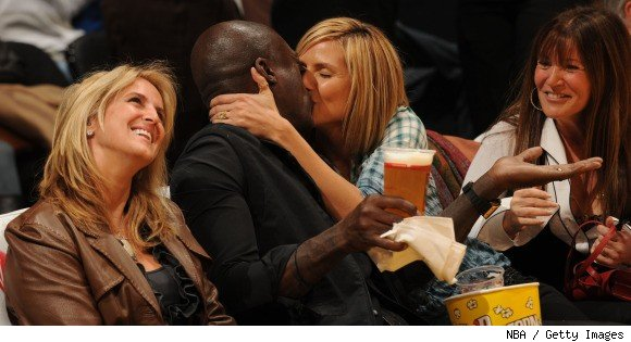 Seal kisses Heidi Klum