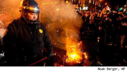 San Francisco riots after Giants win World Series