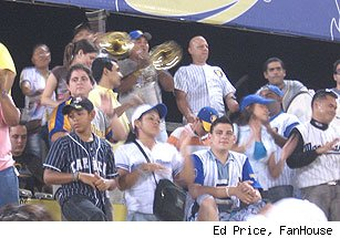 Fans at Magallanes-Caracas
