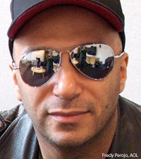 Tom Morello Stret Sweeper Social Club