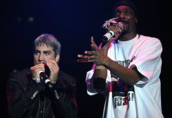 Taylor Hicks and Snoop Dogg