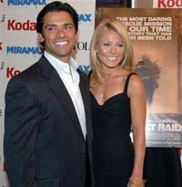 kelly ripa; mark consuelos