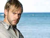 Dominic Monaghan plays Charlie on Lost