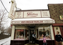 Holstens Ice Cream Parlor