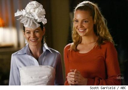 ELLEN POMPEO and KATHERINE HEIGL