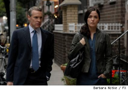 Tate Donovan and Rose Byrne