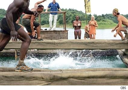 Wet and wild Rewards Challenge on Survivor China