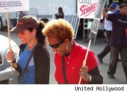 Julia Louis-Dreyfus and Wanda Sykes on the WGA picket line