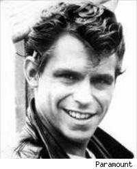 Jeff Conaway as Kenickie