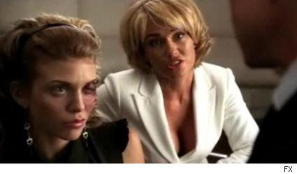 AnnaLynne McCord and Kelly Carlson