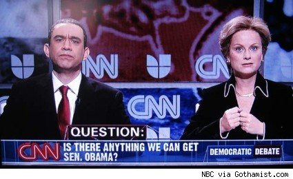 Armisen as Obama and Poehler as Clinton