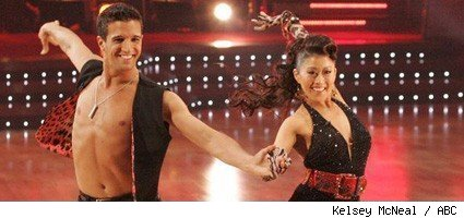 Kristi Yamaguchi and Mark Ballas - Dancing With The Stars