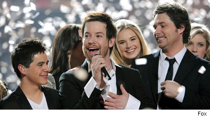 David Cook and the cast of American Idol 