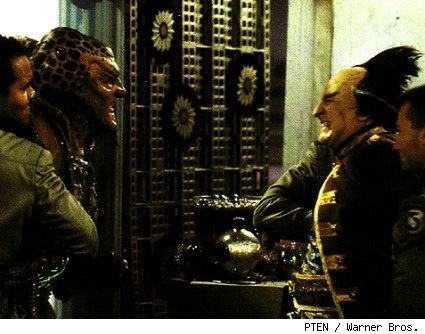 Babylon 5's G'Kar (l) and Londo Mollari