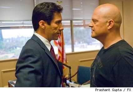 Benito Martinez and Michael Chiklis 