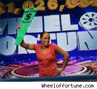 Michelle Lowenstein become the first million dollar winner on Wheel of Fortune