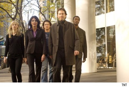 the cast of TNT's Leverage