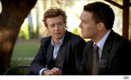 Simon Baker and Owain Yeoman as Jane and Rigsby in The Mentalist