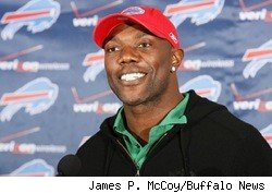 Terrell Owens at a Buffalo Bills press conference