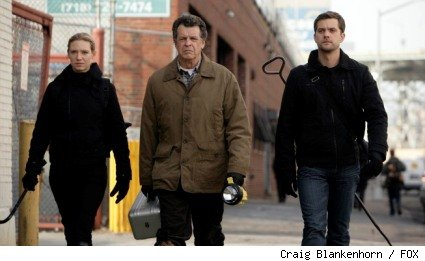 Olivia (Anna Torv, L), Walter (John Noble, C), and Peter (Joshua Jackson, R) track a deadly creature in the FRINGE episode 'Unleashed.'