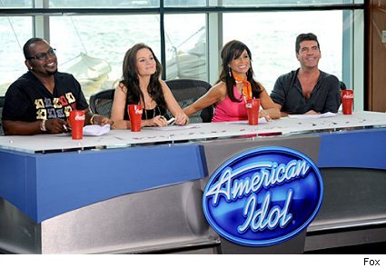 Randy Jackson, Kara DioGuardi, Paula Abdul and Simon Cowell