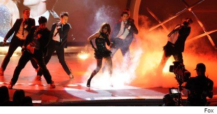 Paula Abdul performs on American Idol