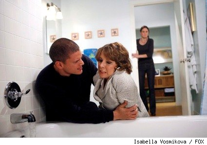 Michael (Wentworth Miller, L) and Christina (Kathleen Quinlan, R) have an uneasy reunion.