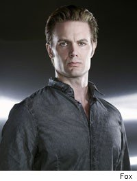 Garret Dillahunt, burn notice, terminator