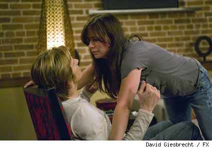 Denis Leary and Maura Tierney